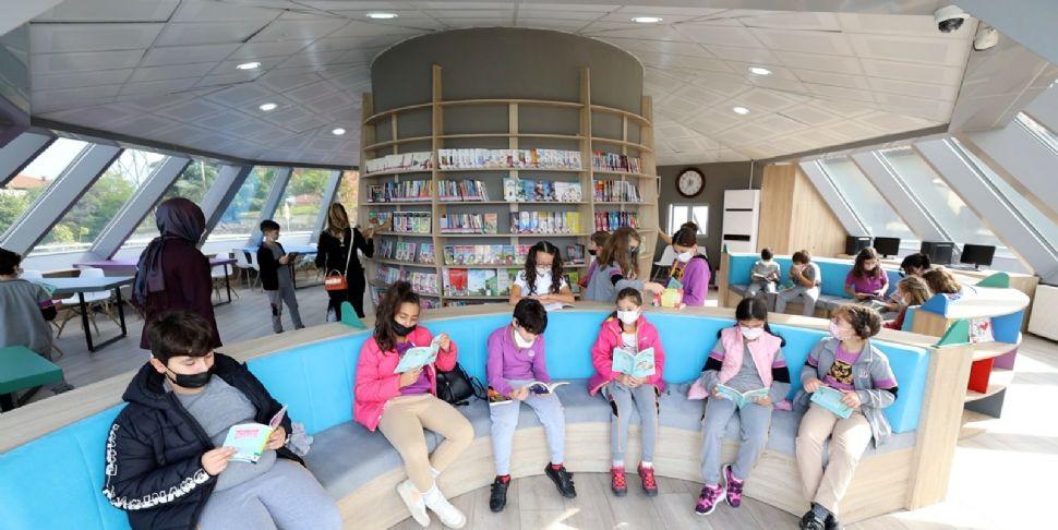 Çocuk Kütüphanesi Minik Kitapseverleri Ağırladı