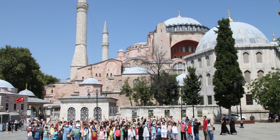 Başiskele Yaz Akademisi Öğrencileri Ayasofya Camii'nde